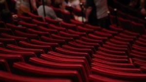 'Korona Günlerinde Özgürlük' tiyatroda