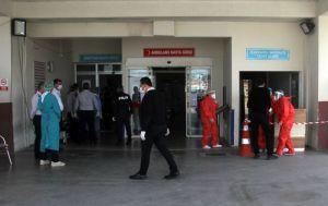 Koronavirüs şüphelisi hastanenin güvenlik görevlilerine saldırdı: Bende varsa herkese bulaşsın