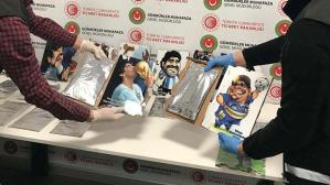 Maradona tablolarıyla geldi! Değeri 2 milyon lira