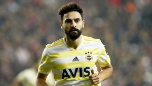 Mehmet Ekici, Hannover 96 ile idmanlara çıkmaya başladı