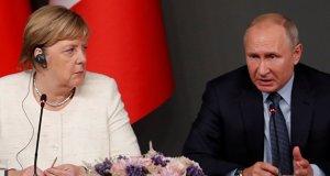 Putin ile Merkel telefonda Navalnıy, Karabağ ve Kovid-19'u görüştü