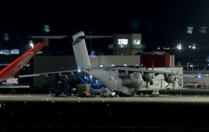 Sağlık ekipmanlarını almak için gelen İngiliz uçağı İstanbul'dan ayrıldı