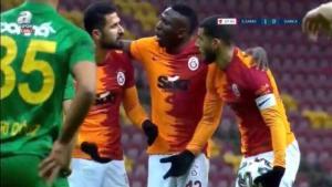 Son dakika haberi | Galatasaray'da Belhanda – Emre Akbaba kavgasıyla ilgili gerçek ortaya çıktı