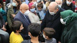 Süleyman Soylu, İzmir'de konteyner kenti ziyaret etti