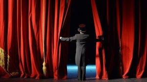 Tiyatromuz Yaşasın inisiyatifi: Tiyatroların normalleşmesi zor