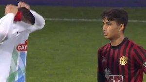 Türkiye'de gündem oldu! Eskişehirsporlu genç futbolcu Oğulcan formasını veremedi