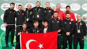 Ulusal güreşçiler, Sırbistan'daki Dünya Kupası'nda ekip halinde dünya ikincisi oldu