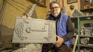 Volkanik taşlar, Mahmut hocanın ellerinde sanat eserine dönüşüyor