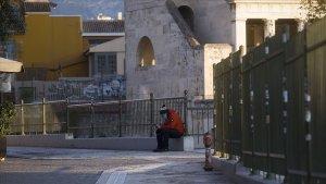 Yunanistan'da Kovid-19 Karantinası 7 Ocak'a Kadar Uzatılacak