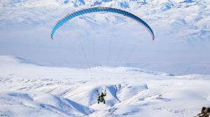 Erzurum dağları kar ile boran