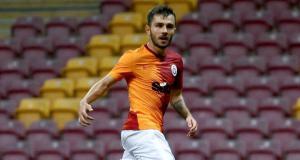 Galatasaraylı futbolcu Emre Kılınç, gördüğü kırmızı karttan dolayı özür diledi