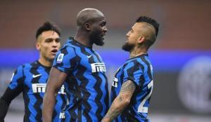 Inter, Juventus'u 2 golle geçti!
