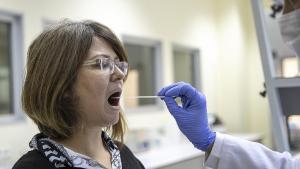 Koronavirüste Günlük Vaka Sayısı 9 Binin Altına İndi