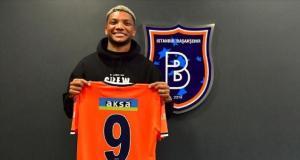 Medipol Başakşehir, Şilili futbolcu Junior Fernandes'i transfer etti