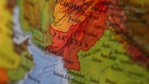 Pakistan'da 2 terörist etkisiz hale getirildi