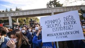 Soylu'dan 'Boğaziçi' Açıklaması: 'Vandallar Gibi Üniversitenin Kapısını Kırdılar'
