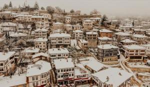 Tarihi Safranbolu salgına rağmen geçen yıl nüfusunun 9 katı turist ağırladı