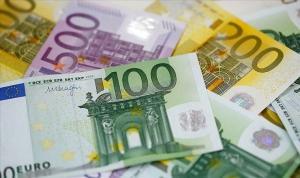 AB iflaslar ve sorunlu kredilerle karşı karşıya