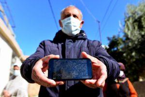 Adana'da Navigasyon Tepkisi: Araçlar Evlerimize Çarpıyor, Canımız Tehlikede