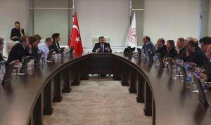 CHP'li Adıgüzel 'Süreçten rahatsız olan bazı Koronavirüs Bilim Kurulu üyeleri istifa etti'