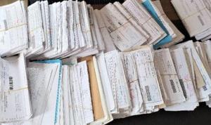 CHP'li Bulut: Muhtarların masası vatandaşa gelen icra evraklarıyla doldu taştı