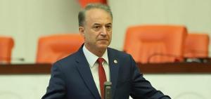 """CHP'li Yüksel: """"Sağlık Bakanı'nın kongrelere 'dur' demesini beklerdim"""""""