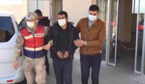 DEAŞ'lı 3 terörist, sınırda patlayıcılarla yakalandı