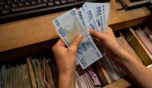 Dev bankadan yeni dolar tahmini: Daha da düşecek
