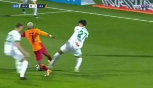 Galatasaray penaltı bekledi!