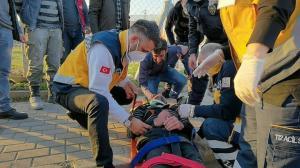 Kaza sonrası yaralının oğlu olduğunu görünce gözyaşlarına boğuldu