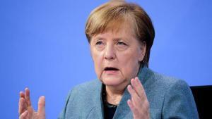 Merkel'den halka 'sabır' çağrısı