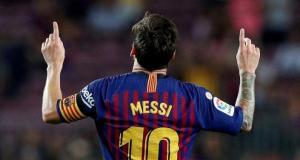 Messi, rekor kırdığı maçın kramponlarını kanser hastası çocuklar için bağışladı