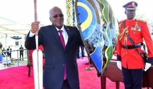 Tanzanya'nın salgını kabul etmeyen lideri: Panik yapmayın üç gün dua edin