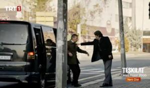 TRT Dizisinde Sokakta Siyah Transporter ile İnsan Kaçırma Sahnesi Tepki Çekti