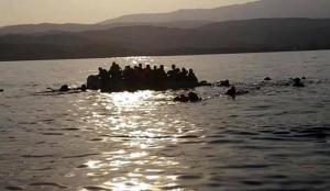 Tunus açıklarında batan bottan 25 düzensiz göçmen kurtarıldı