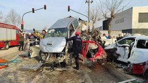 4 Kişinin Hayatını Kaybettiği Kazada Tır Şoförü Tutuklandı: 'Çarpmaya Engel Olamadım'