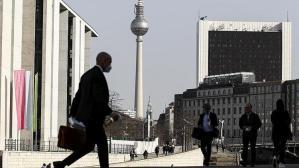 Almanya'da son 24 saatte 249 kişi Kovid-19 nedeniyle hayatını kaybetti