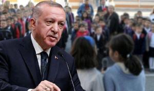 'Andımız okutulsun' diyenlerin oranı açıklandı: AKP tabanının Erdoğan'dan farklı düşündüğü ortaya çıktı