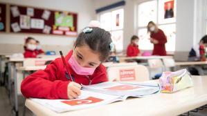 Bakan Selçuk'tan öğrenci ve öğretmenlere duygusal ileti