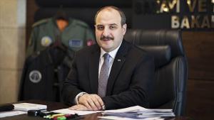Bakan Varank, araba ve elektronik eser satış sayılarını paylaştı