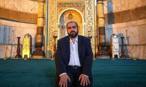 """Boynukalın'ın sözlerinin ardından başlayan tartışma sürüyor. Habertürk yazarı Par, """"Hadsiz imama karşı Özlem Zengin'in yanındayım"""" dedi"""