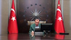 CNN Türk Ankara Temsilcisi: 'Kabinede 6-7 Bakanın Değişmesi Bekleniyor'