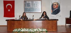 Efes Selçuk'ta kadınlara temel hukuk eğitimi