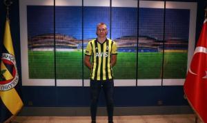 Fenerbahçe'nin Macar futbolcusu Szalai, şampiyonluğa inanıyor