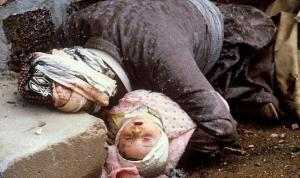 Halepçe Katliamının üzerinden 33 yıl geçti:  Saddam'a kimyasal silahları kim verdi?