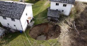Hırvatistan'da 6.3'lük deprem sonrası çukur sayısı artıyor