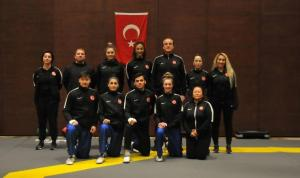 Kadın Tekvando Milli Takımı, Konya'da olimpiyatlara hazırlanıyor