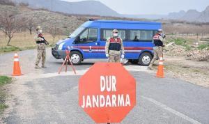 Karakol komutanı Suriye sınırında 82 kilo uyuşturucuyla yakalandı