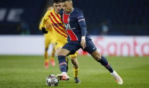Kylian Mbappe, Lionel Messi'nin rekorunu elinden aldı