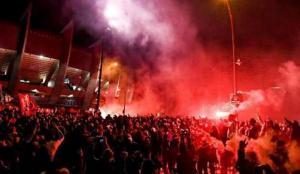 PSG taraftarı gece yarısı yangın alarmını çaldı